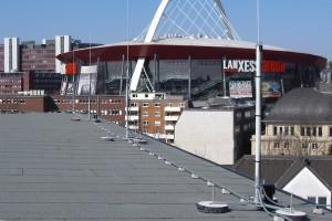 HVI-Blitzschutz auf dem Dach einer Schule in Köln – Beispiel 1