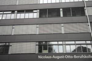 HVI-Blitzschutz am Nicolaus-August-Otto-Berufskolleg Köln: Beispiel 1